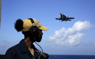 Navy Says Ending Super Hornet Line Frees Up Resources for Life Extension Work